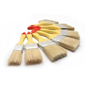 Cara mengawetkan kayu dengan sistem kuas adalah salah satu cara yang bisa dipilih agar kualitas kayu terjaga.