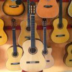 gitar-besar